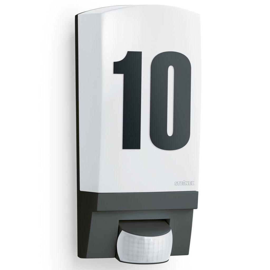 Čierne vonkajšie osvetlené číslo domu s čidlom Steinel L1