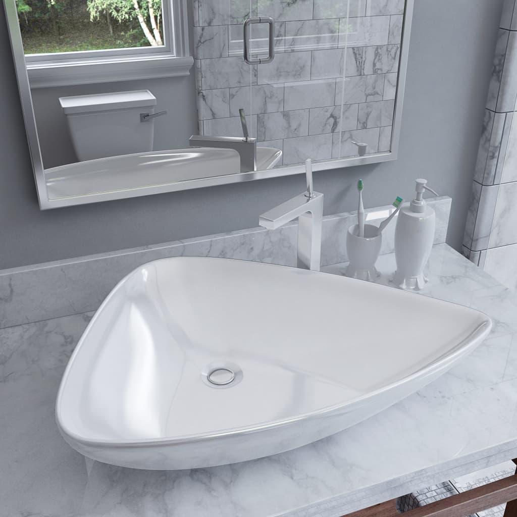 vidaXL Keramické umývadlo biele 645x455x115 mm trojuholníkové