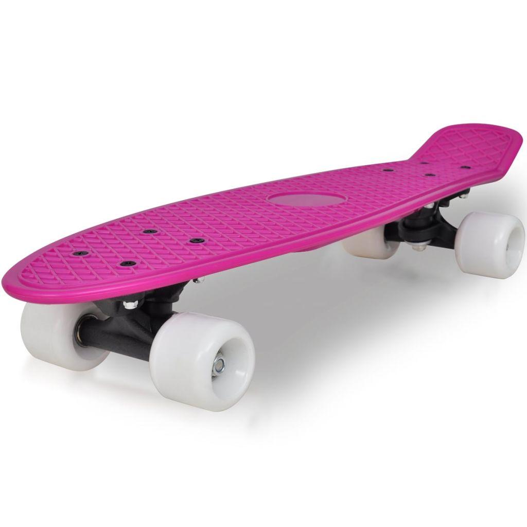 Retro skateboard s fialovou doskou a bielymi kolieskami